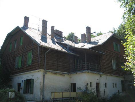 Folytatódik a turistaház-felújítás