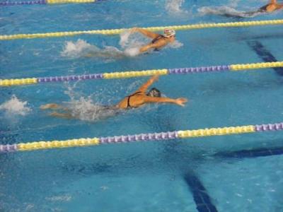V-8 Kupa integrált úszóverseny Szentendrén