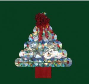 Díszítsük fel közösen  a karácsonyfát!