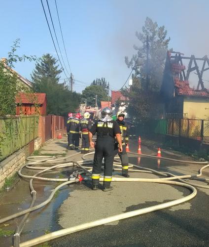 Családi ház égett Pomázon