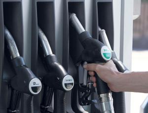 Mától olcsóbb a benzin és a gázolaj