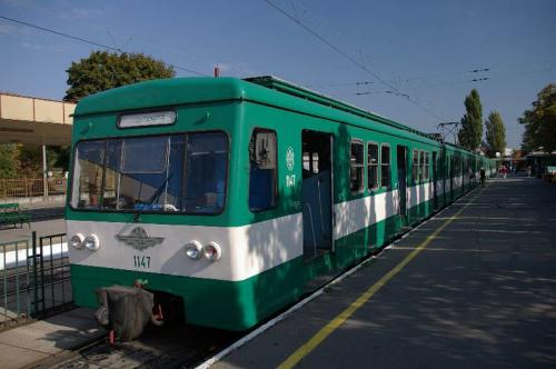 A H5-ös HÉV egy vágányon közlekedik Pomáz és Szentendre között a hétvégén