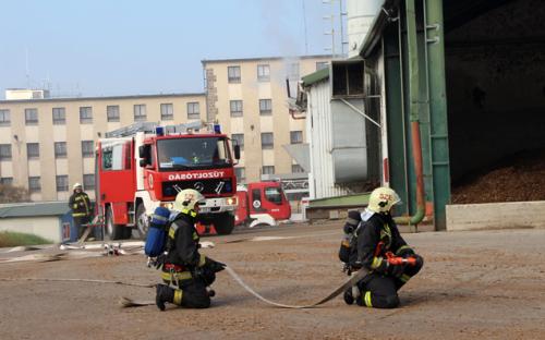 Tűzoltó gyakorlatot tartottak Szentendrén